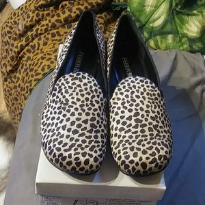 Fashion Bug Seltzer Size 10 Leopard Color